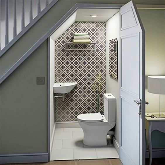 amenager-l'espace-sous-un-escalier-absolutelyfemme.com